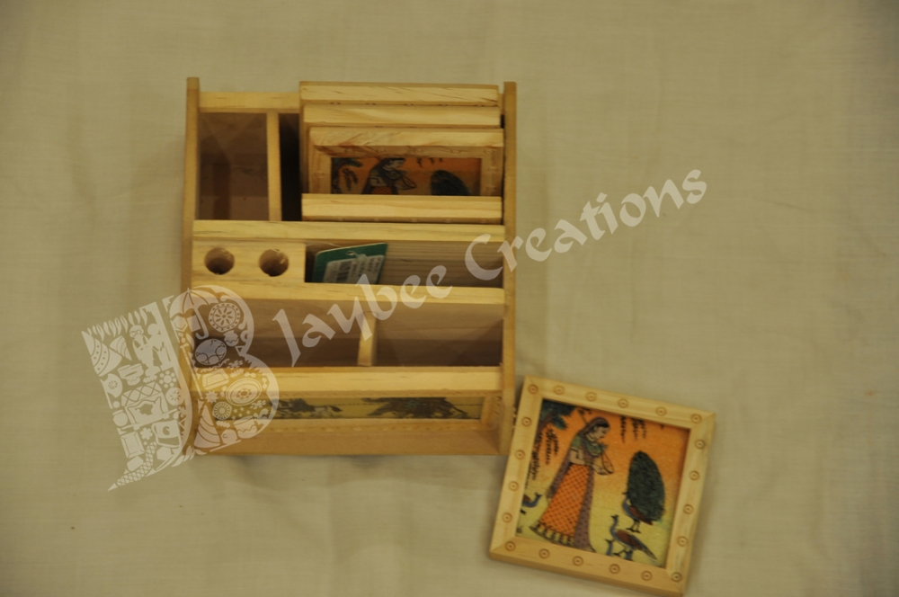 Wooden Office Gifts ~ Gift items wood office set with mud work return gifts